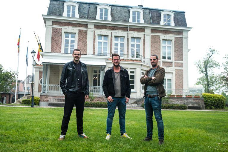 Jens De Wit, Mathias Gys en Gilles Schepers van Matination aan het gemeentehuis waar het festival binnenkort zal doorgaan.