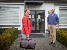 Drukbezette Denekampse huisarts Anneke Bodde ontspant als saxofoniste in hofkapel