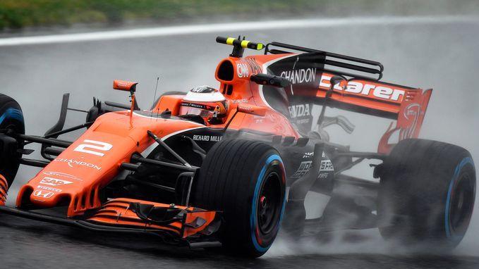 """Stoffel Vandoorne snelste McLaren in nat Suzuka: """"Het weer zal morgen zeer belangrijk zijn"""""""
