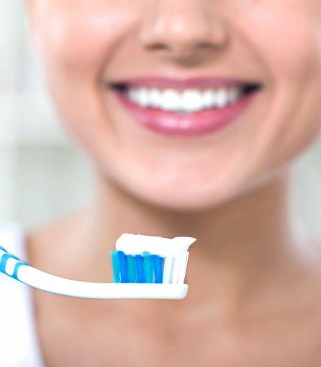 Waarom het zo belangrijk is je tanden goed te poetsen