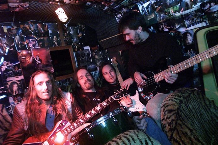 Archieffoto van de band Sequoyah.
