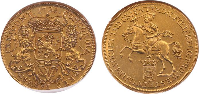 Bij de veiling van Heritage Auctions Europe (voormalig MPO) te IJsselstein werd vanmiddag een gouden VOC munt verkocht voor bijna twee ton.