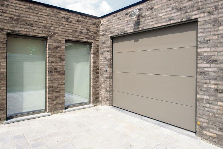 Een geïsoleerde garagepoort biedt een oplossing voor het probleem van de koudebrug en daar profiteert je hele woning van.