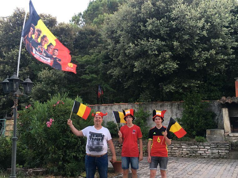 Brent Verdonck, Kurt Van Meulder en Yani Van Meulder vuren de nationale elf vanavond aan uit Rochegude.