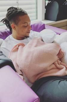 Rapper Ronnie Flex vader geworden van dochtertje Nori Dua
