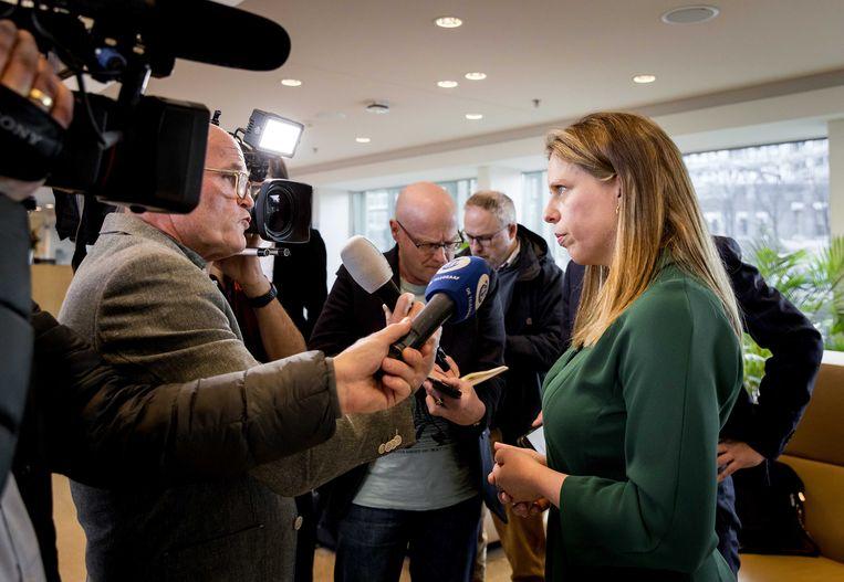 Minister Carola Schouten (Landbouw, Natuur en Voedselkwaliteit) staat de pers te woord na afloop van het gesprek over het stikstofbeleid met vertegenwoordigers van boerenbelangenorganisatie Landbouw Collectief en de provincies.  Beeld ANP