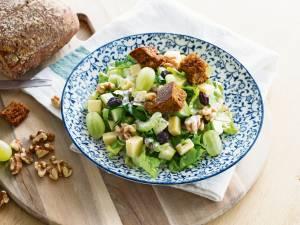 Wat Eten We Vandaag: Waldorfsalade met zelfgemaakte croutons