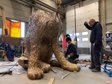 Deze bronzen hond van 1500 kilo is 'spoorloos verdwenen' in Cuijk: 'Ik heb echt geen idee'
