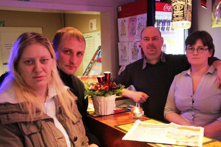 Wendy en Jeremy (links) vinden het initiatief van Marnix en Tineke hartverwarmend.