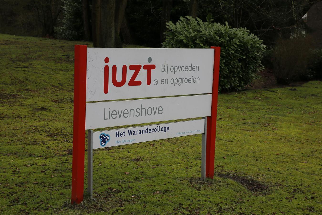 De Juzt-locatie Lievenshove in Oosterhout gaat dicht. Daardoor wordt een deel van de bewoners overgeplaatst naar De Vliethoeve in Kortgene.