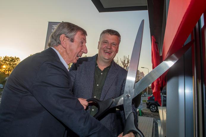 Joost Brons (rechts) en Jelles de Vreeden openen hun nieuwe pand in Amersfoort.