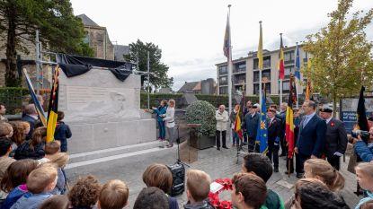 Walem herdenkt gesneuvelden aan vernieuwd monument