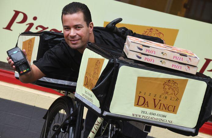 Eigenaar van Pizza Da Vinci Fabian de Lima Schepens.
