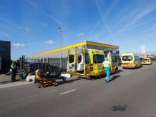 Motorrijdster zwaargewond na botsing met auto op Achtseweg Noord in Eindhoven