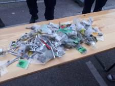 Beveiligers nemen berg softdrugs in beslag bij ingang Reggaefestival