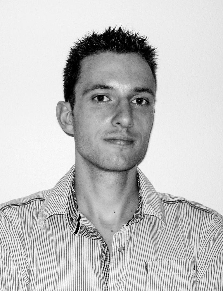 Pascal Cuijpers, docent beeldende vorming in het voortgezet onderwijs en faalangstreductietrainer.  Beeld