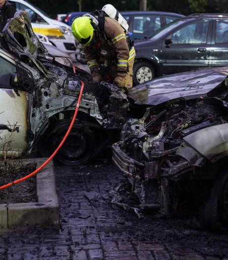 Vijf auto's uitgebrand in Ommoord