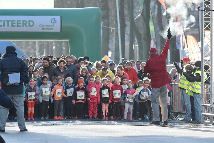 De midwintermarathon begon vanmorgen traditiegetrouw met de kidsrun.