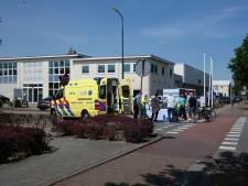 Wielrenner raakt gewond bij aanrijding door auto in Veenendaal