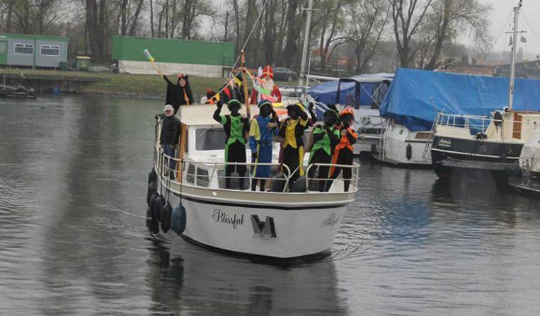 De gemeentelijke feestcommissie moet komende zaterdag extra boten inleggen.