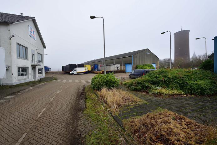De entree van het vroegere Staalunieterrein aan de Fabrieksstraat.