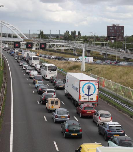 A12 van Den Haag naar Utrecht weer open na ongeluk