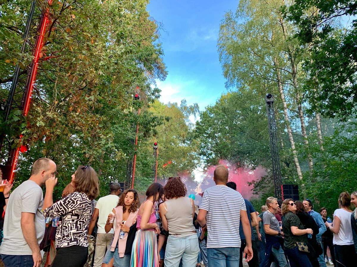 Draaimolen Festival Betovert Bosrijk Mob Complex Foto Bdnl