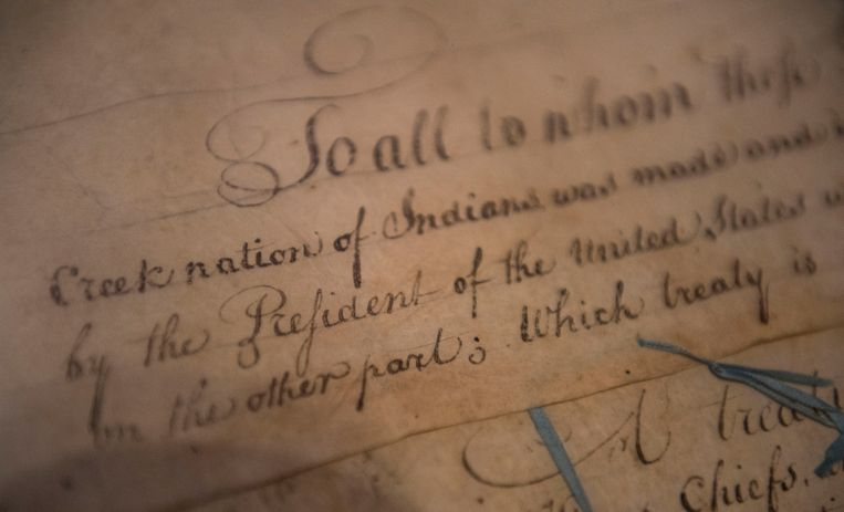 Detail van het verdrag van de Muscogee (Creek) naties en de Verenigde Staten uit 1790. Beeld AP