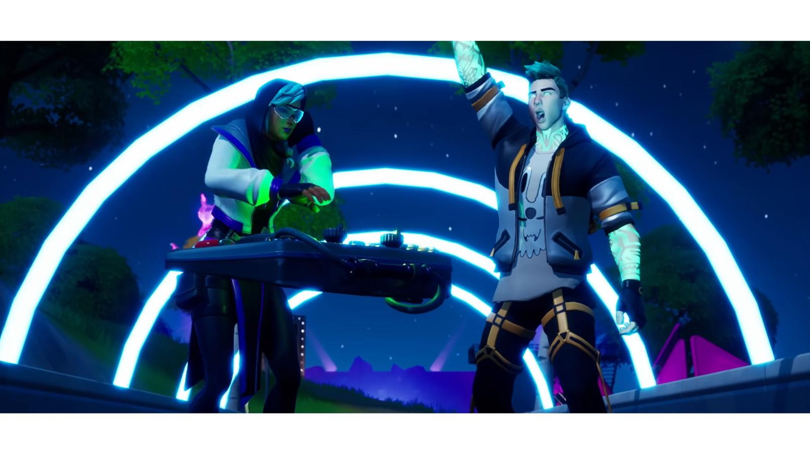 In de Party Royale-modus van Fortnite zijn wapens en materialen niet toegestaan en gaat het om plezier hebben met elkaar.