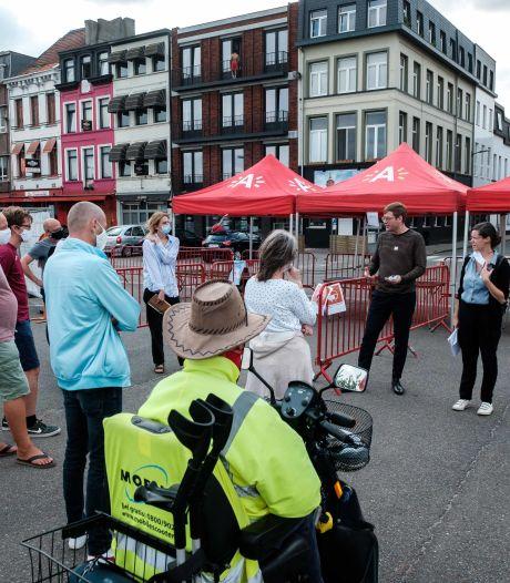 """Bewoners Slachthuiswijk op wandel met ontwerpers: """"Maak van Lobroekplein ónze Dageraadplaats"""""""