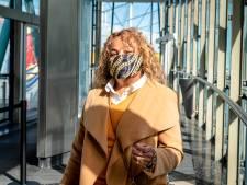 Lilian (63) winkelt in Alexandrium als een van de weinigen met mondkapje: 'Die vrouw stond net nog te kuchen'
