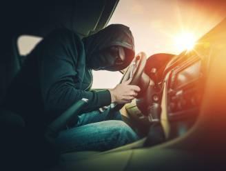 Auto-inbreker op heterdaad betrapt