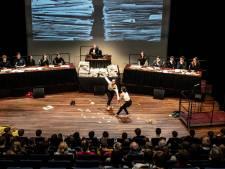 Scholieren Dominicus College houden 'Vrijheidstribunaal' in LUX