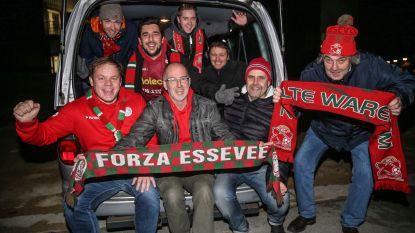 """Nieuwe Essevee-fanclub uit Gent maakt eerste verplaatsing ooit: """"Nooit meer langs West-Vlaanderen rijden voor een match in de Ghelamco Arena"""""""