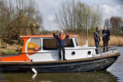 postboot-in-de-biesbosch-na-bijna-125-jaar-uit-de--een-traditie