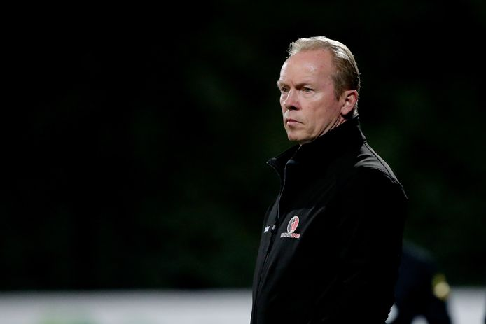 Helmond Sport-trainer Wil Boessen verloor zaterdagavond met 4-0 bij Roda JC.