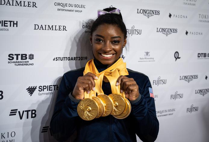 25 médailles aux championnats du monde de gymnastique, l'impressionnant record de Simone Biles.