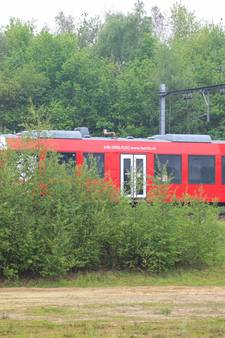 Defecte trein vast tussen Oldenzaal en Hengelo