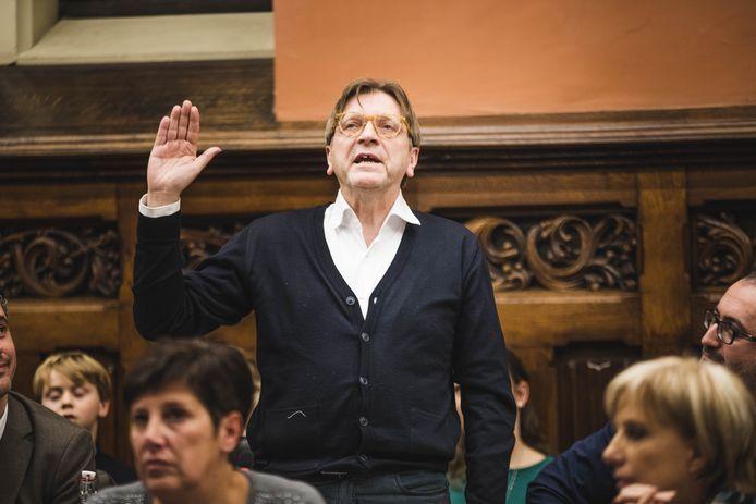 Guy Verhofstadt bij zijn eedaflegging in de Gentse gemeenteraad in januari 2019