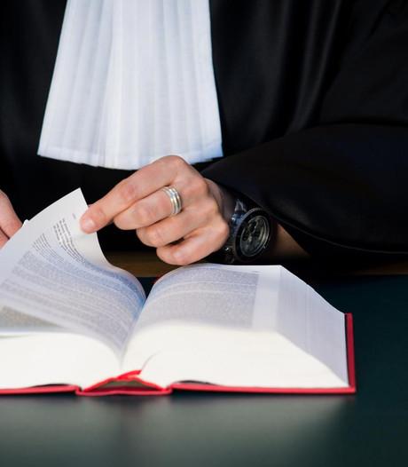 Zware eis tegen Zwollenaar (34) die gepensioneerd stel aanreed