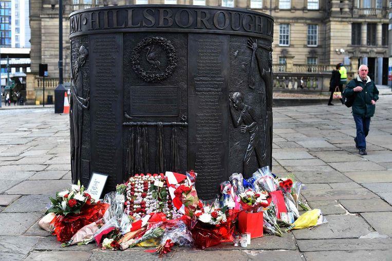 Een monument ter nagedachtenis aan de Hillsborough-ramp. Beeld afp