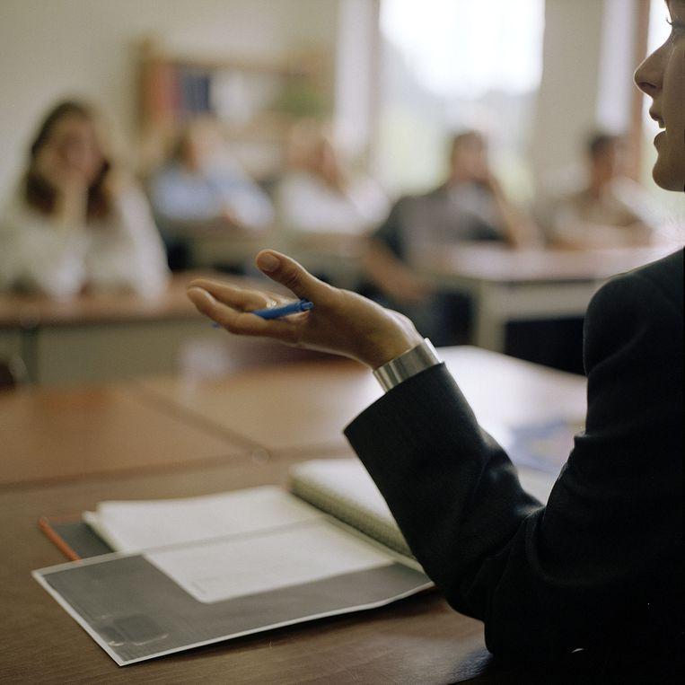 Lerares voor middelbare schoolklas. Beeld Harry Cock / de Volkskrant