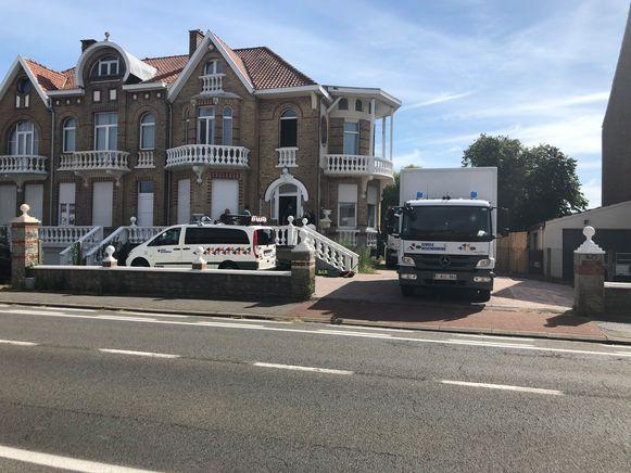 De Civiele Bescherming is al sinds donderdagochtend aanwezig in de villa langs de Mechelsesteenweg in Nossegem.