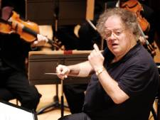 Van misbruik beschuldigde dirigent eist miljoenen van Opera New York