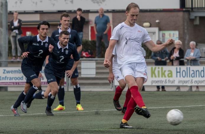 Jeroen van Schoonhoven, hier op archiefbeeld, scoorde een penalty tegen ADO'20.