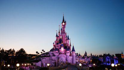 Ongeloof bij moeder van doodziek meisje: oplichter steelt haar verhaal voor tripje naar Disneyland