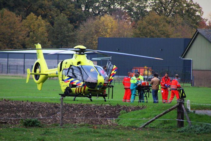 Het slachtoffertje werd met een traumahelikopter naar het ziekenhuis gebracht.