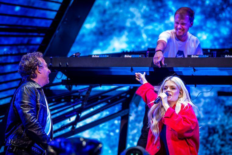Armin van Buuren, Marco Borsato en Davina Michelle aan het werk.