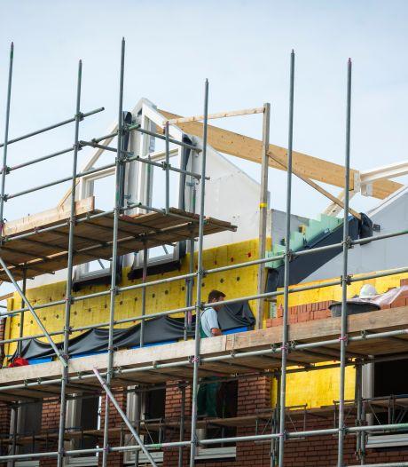 Vastgoedbedrijf uit Raalte krijgt jaar uitstel voor de bouw van beloofde twaalf woningen in Heino