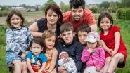 """Ooievaar opnieuw op komst bij gezin dat negen kinderen heeft met de letters A, L, E en X in hun naam: """"Er zijn nog combinaties over"""""""